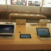 Photo taken at Apple The Falls by Edwin B. on 10/6/2011
