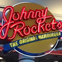 Photo taken at Johnny Rockets by Grant M. on 8/15/2012