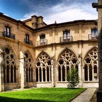 Снимок сделан в Catedral San Salvador de Oviedo пользователем Guendanadxi 7/12/2012