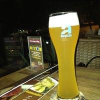 Foto tirada no(a) Krug Bier por Andre P. em 4/5/2012