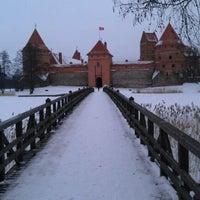 Снимок сделан в Тракайский замок пользователем Andrei B. 2/22/2012