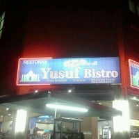 Photo taken at Yusuf Bistro by Mohd Yusof Y. on 3/3/2012