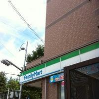 Photo taken at ファミリーマート アルファーワン店 by Atsushi B. on 8/9/2011