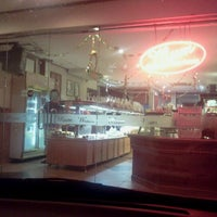 Photo taken at Mum Bakery & Cake House by Md Saiful A. on 9/29/2011