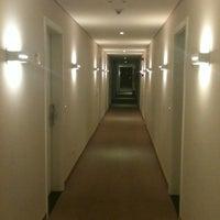 Photo taken at BEST WESTERN Tarobá Hotel e Eventos by Joao Carlos L. on 8/27/2012