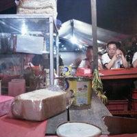 Photo taken at Roti Bakar Ibu iis by Kenny S. on 9/8/2011