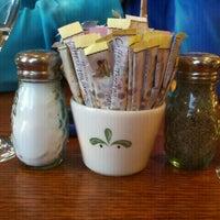 Photo taken at Olive Garden by Dustin M. on 4/2/2011