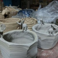 Photo taken at 수걸요 Pottery Studio by Peter P. on 11/24/2011