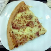 Photo taken at Pizza Hut by Bruno O. on 12/22/2011