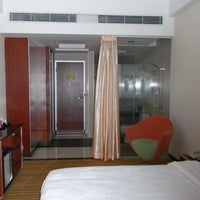 Photo taken at 汉永酒店 Hanyong Hotel by Takao I. on 8/16/2012