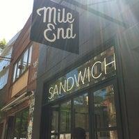 รูปภาพถ่ายที่ Mile End Delicatessen โดย Kirk L. เมื่อ 7/25/2012