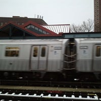 Photo taken at MTA Subway - J Train by Peter R. on 1/23/2012