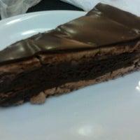 Photo taken at O Melhor Bolo de Chocolate do Mundo by Erika S. on 11/19/2011