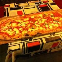 Foto tomada en Napoletani D.O.C. Restaurant & Pizzeria por Facundo P. el 4/14/2012