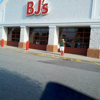 Photo taken at BJ's Wholesale Club by Andy K. on 9/1/2012