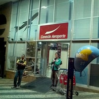 Photo taken at Conexão Aeroporto by Ludmila C. on 12/5/2011