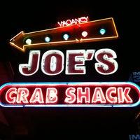 Photo taken at Joe's Crab Shack by Jurairat W. on 6/26/2011