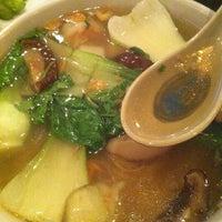 Photo prise au Thai's Noodles par Shekinah S. le11/30/2011