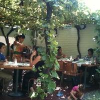 Foto scattata a Quinoa Restaurante da Felipe C. il 2/27/2011