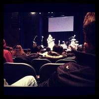 Photo prise au Berklee Performance Center par Nishad G. le3/27/2012