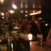 Foto tomada en Bathtub Gin por Ian el 7/10/2012
