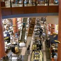 8/31/2011にHadrian X.がGeorgia Tech Bookstoreで撮った写真