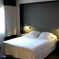 9/18/2011 tarihinde Kevin S.ziyaretçi tarafından NH Gran Hotel Calderón'de çekilen fotoğraf