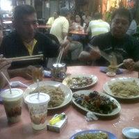 Photo taken at Kedai Makanan & Minuman SS2 by Azahari Reyes @. on 10/13/2011