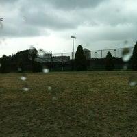 7/28/2012 tarihinde Lexi D.ziyaretçi tarafından Jordan Field'de çekilen fotoğraf