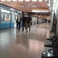 Das Foto wurde bei Metro La Cisterna von Barbara P. am 11/4/2011 aufgenommen