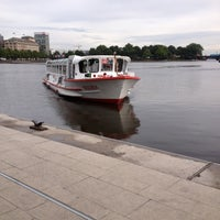 Photo taken at Alster-Rundfahrten by Jonathan K. on 8/28/2012