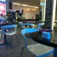 Photo taken at Café Villa Ristorante by Athbi ALfaeyz H. on 7/19/2012