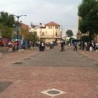 Foto tomada en Rambla Cataluña (Andador Escorza) por Leslie P. el 6/10/2012
