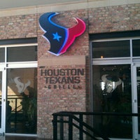 Photo taken at Houston Texans Grille by Corey on 11/28/2011
