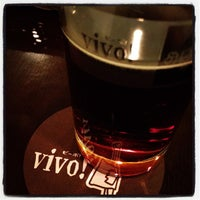 Photo prise au vivo! Beer+Dining Bar par ひろ ぴ. le11/26/2011