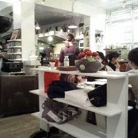 Das Foto wurde bei 好樣餐廳 VVG Bistro von Aaron N. am 12/26/2011 aufgenommen