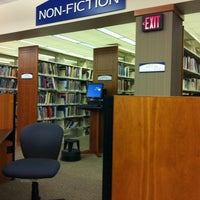 12/19/2011にDavid W.がWest Bloomfield Township Public Libraryで撮った写真