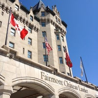 Photo taken at Fairmont Château Laurier by Harjit on 7/29/2012