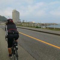 Photo taken at 乙浜漁港 by jyubanmatsuri on 6/30/2012
