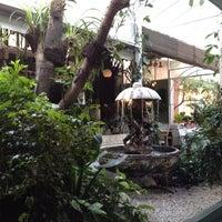 Photo taken at Jardim Aurélia Restaurante e Eventos by Dripc .. on 3/18/2012