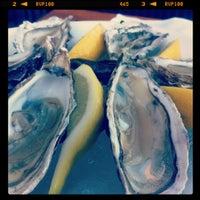 Das Foto wurde bei Louise Restaurant & Bar von Andreas am 5/22/2012 aufgenommen
