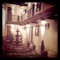 Foto tomada en Hotel Dainzu por Mel B. el 3/23/2012