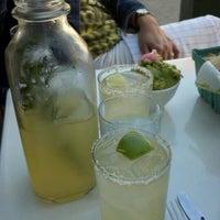 Снимок сделан в Antique Taco пользователем Lynn H. 8/12/2012