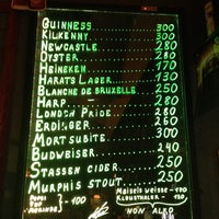 Снимок сделан в Harat's Pub пользователем Alex 6/25/2012