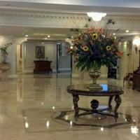 Foto tomada en Hotel Westin Camino Real por Helio D. el 3/24/2012