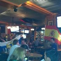 Das Foto wurde bei Yours Australian Bar von Gleb K. am 6/12/2012 aufgenommen