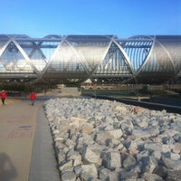 Photo taken at Madrid Río (Sector Central) by Alper Ç. on 2/21/2012