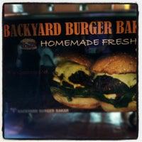 Photo taken at Backyard Grill Burger by pijot on 5/30/2012
