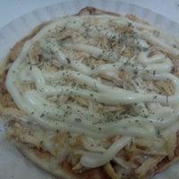 Photo taken at Pizzas Finicrok by Reinaldo A. on 6/18/2012