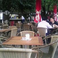 6/5/2012 tarihinde Alpay Ö.ziyaretçi tarafından Fua Cafe Restaurant'de çekilen fotoğraf